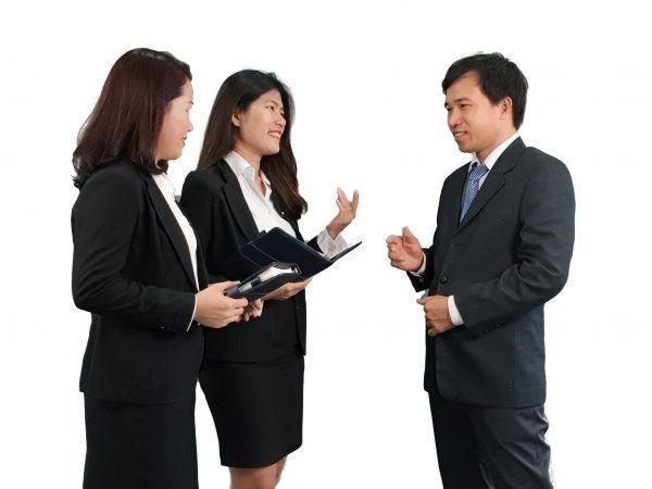 Chuyên viên VTAX sẵn sàng hỗ trợ, tư vấn giải đáp các vướng mắc về kế toán, thuế, pháp lý doanh nghiệp